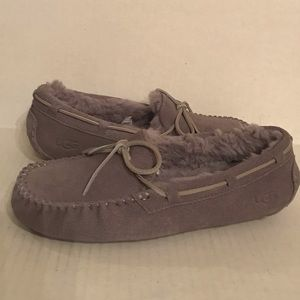 UGG DAKOTA Driving Slippers Grey Suede SZ 8 New !